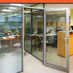 Офисные двери в алюминиевой раме 2С